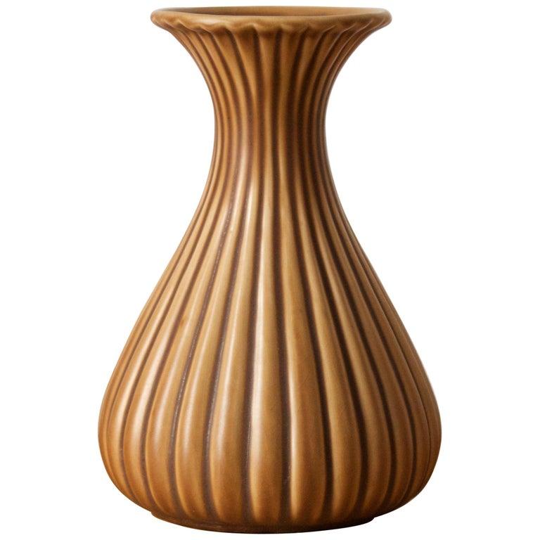 Ewald Dahlskog, Sizable Vase, Glazed Incised Ceramic, Bo Fajans, Sweden, 1940s For Sale