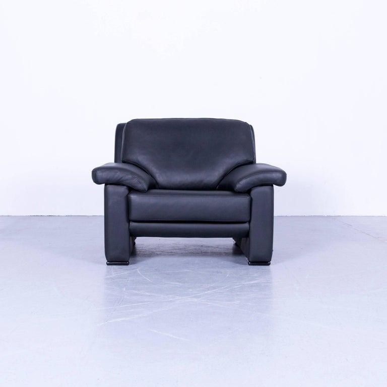 We bring to you an Ewald Schillig armchair black leather one-seat.