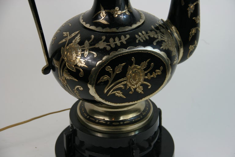 Oversized Ewer Shaped Tall Table Lamp In Good Condition For Sale In Douglas Manor, NY