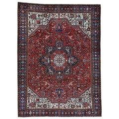 Excellent Condition Semi Antique Persian Heriz Hand Knotted Rug