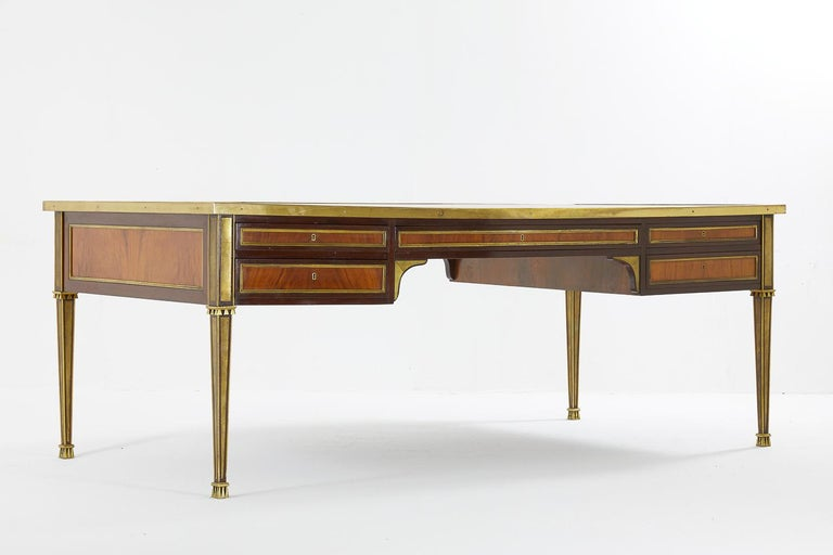 Impressive, large, 1960s French desk with excellent quality ormolu moulding and mounts. Very much in the style and quality of Baguès. Difficult to find a desk of this quality and size.
