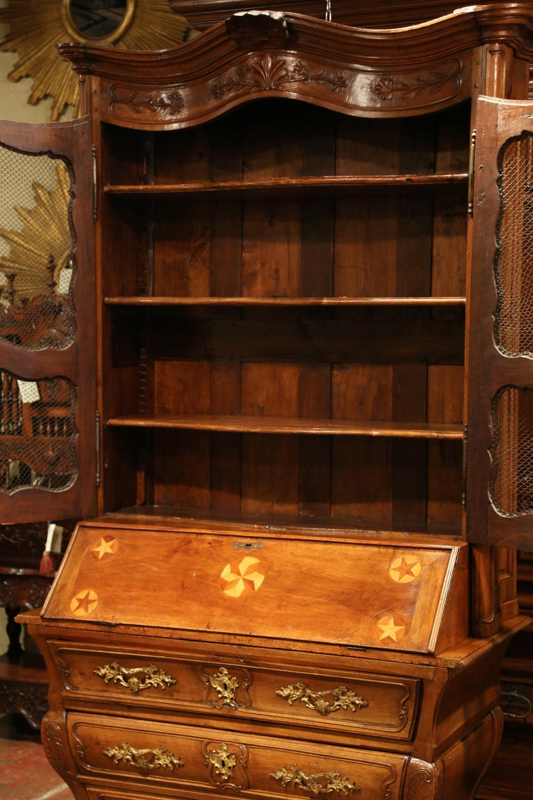 18th Century French Louis XV Carved Walnut Bombe Secretary Bookcase For Sale 6