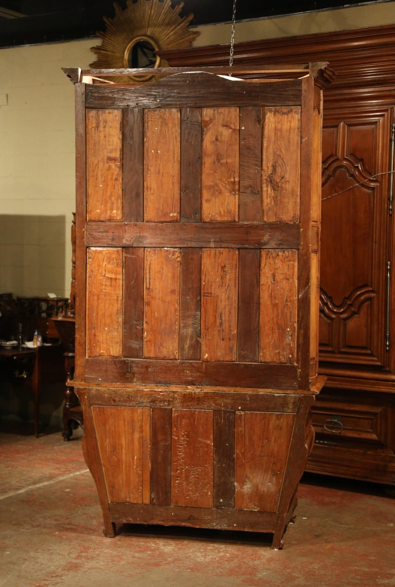 18th Century French Louis XV Carved Walnut Bombe Secretary Bookcase For Sale 12