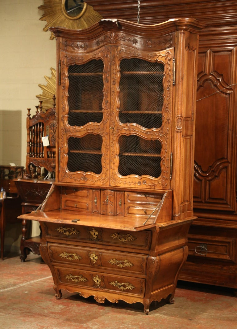 Hand-Carved 18th Century French Louis XV Carved Walnut Bombe Secretary Bookcase For Sale
