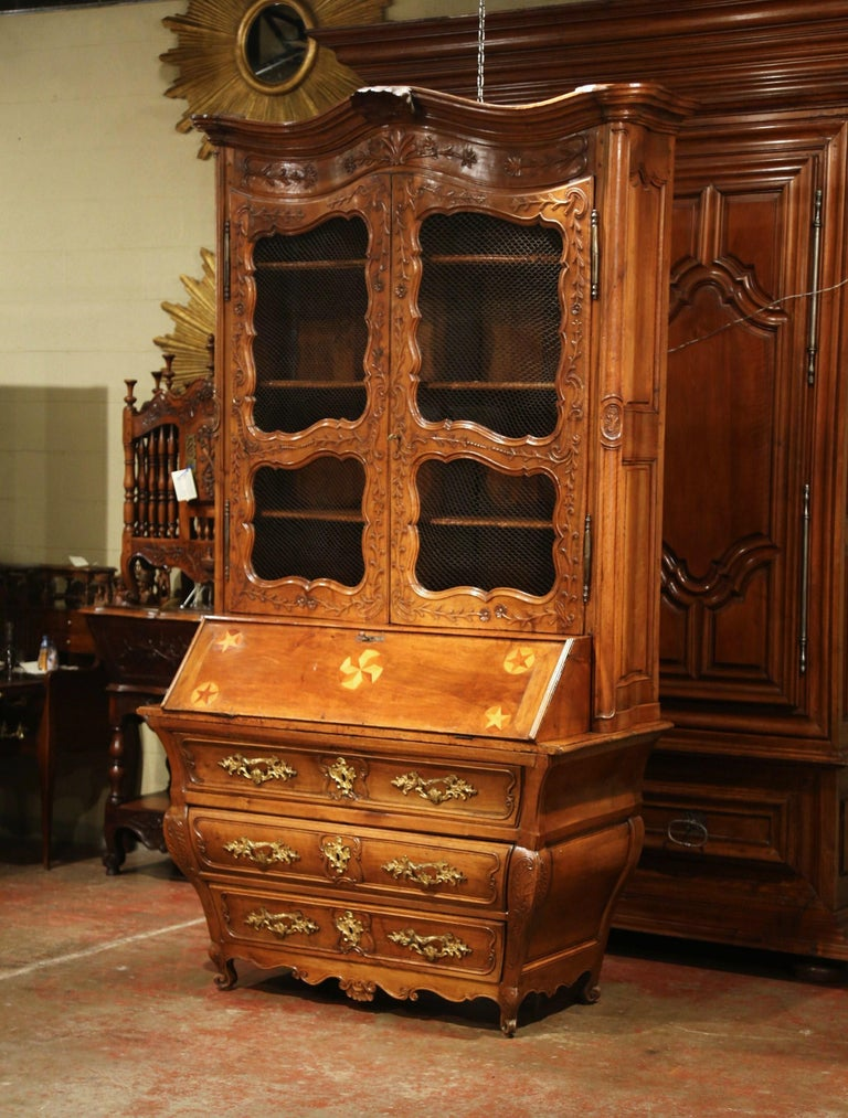 18th Century French Louis XV Carved Walnut Bombe Secretary Bookcase For Sale 2
