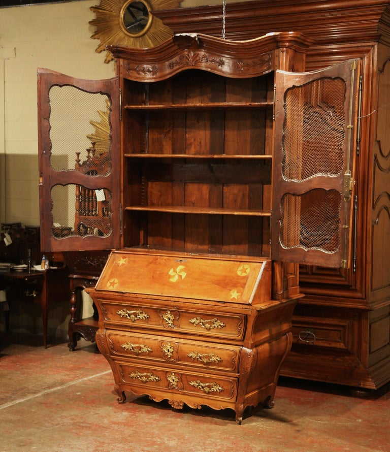 18th Century French Louis XV Carved Walnut Bombe Secretary Bookcase For Sale 5
