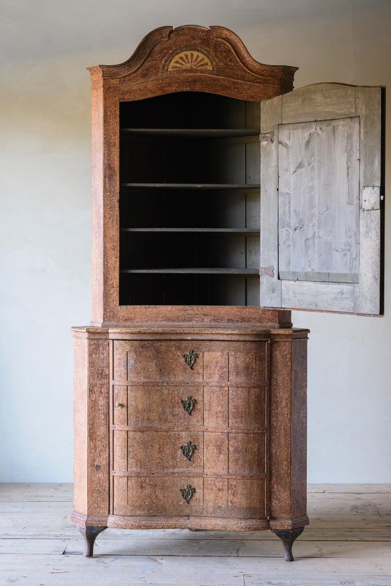 Exceptional 18th Century Rococo Corner Cabinet For Sale 2