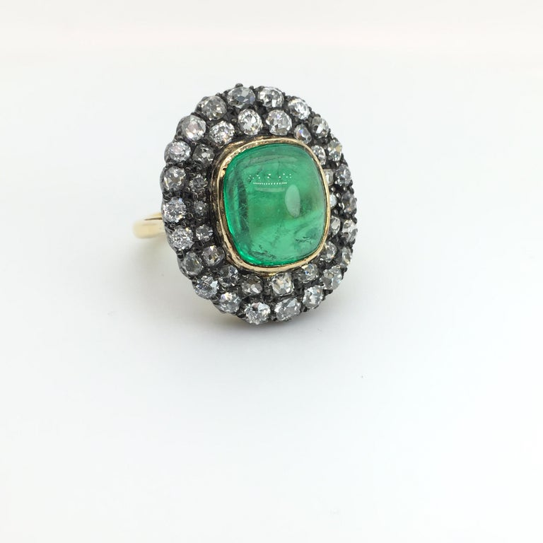 Exceptional 7.12 Carat Cabochon Emerald and Diamond Ring For Sale 2