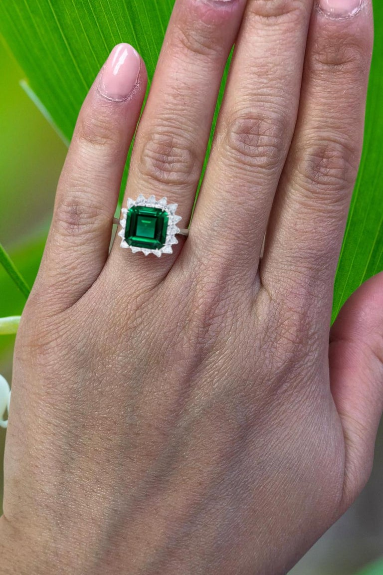 Modern Exceptional AGL 7 Carat No Oil Untread AAA+ Emerald Diamond Platinum Ring For Sale