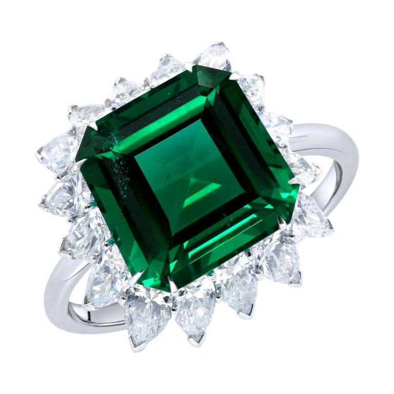 Exceptional AGL 7 Carat No Oil Untread AAA+ Emerald Diamond Platinum Ring For Sale