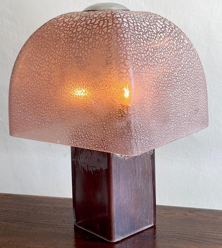 Exceptional Amethyst Murano 'Mushroom' Lamp by,  Barbini In Good Condition For Sale In West Palm Beach, FL