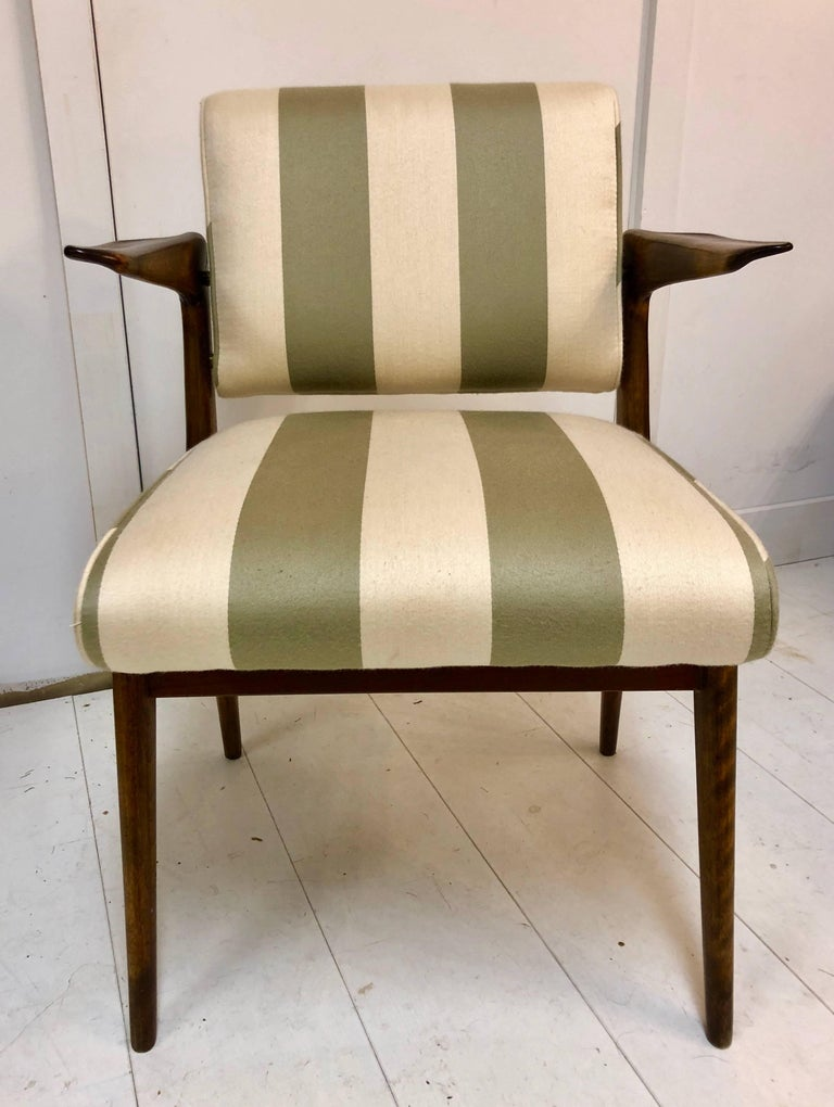 Exceptional and Rare Armchair by Robin Day For Sale 1