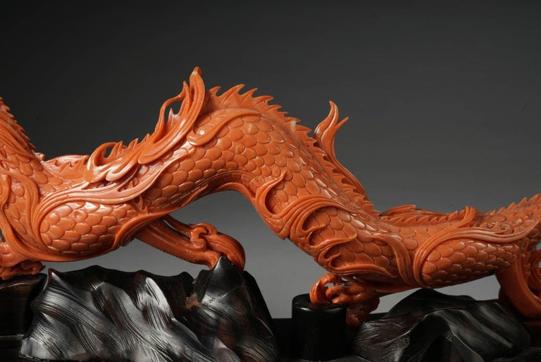 Exceptional Chinese Carved Coral Dragon with Fire, Qing Dynasty In Good Condition For Sale In New York, NY