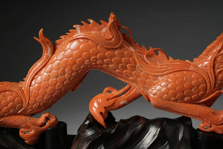 Exceptional Chinese Carved Coral Dragon with Fire, Qing Dynasty For Sale 3