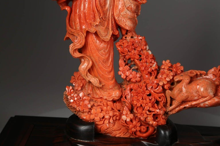 Exceptional Chinese Carved Coral Figure of a Guanyin with Deer In Good Condition For Sale In New York, NY