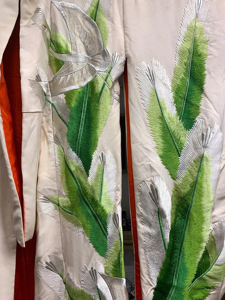Exceptional Embroidered Brocade Vintage Japanese Ceremonial Kimono For Sale 5