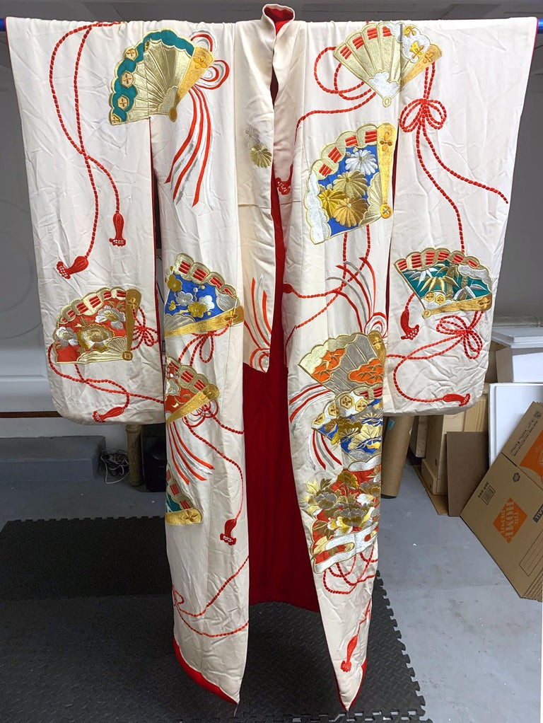 Exceptional Embroidered Vintage Japanese Ceremonial Kimono For Sale 1