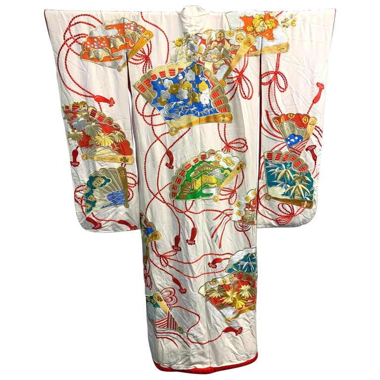 Exceptional Embroidered Vintage Japanese Ceremonial Kimono For Sale