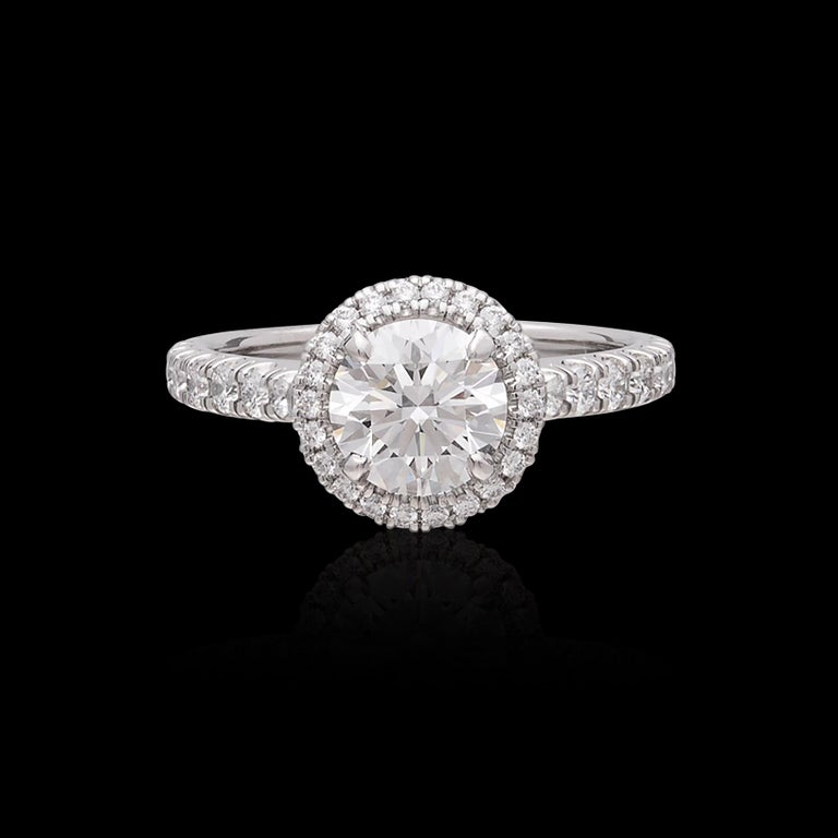 Exceptional Estate Diamond Platinum Engagement Ring by Cartier In Excellent Condition For Sale In San Francisco, CA