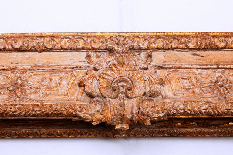 Exceptional French Regence Period Carved and Giltwood Mirror, Frame, France For Sale 3
