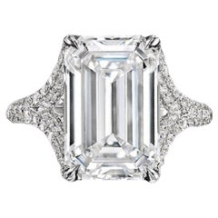Exceptional GIA Certified 3 Carat Emerald Cut Diamond Ring