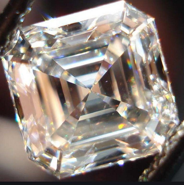 Modern GIA Certified 3.50 Carat Asscher Cut Diamond VVS1 Clarity H Color For Sale
