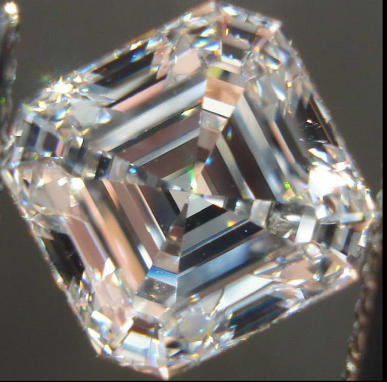 GIA Certified 3.50 Carat Asscher Cut Diamond VVS1 Clarity H Color In New Condition For Sale In Rome, IT