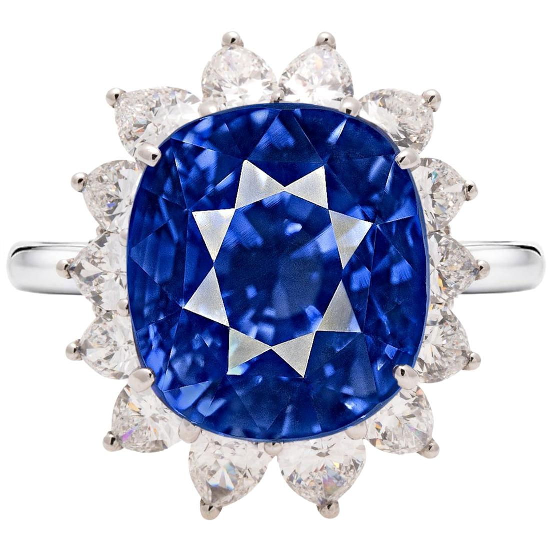 IMPORTANT FLAWLESS KASHMIR GIA Certified 8 Carat Blue Sapphire Platinum Ring