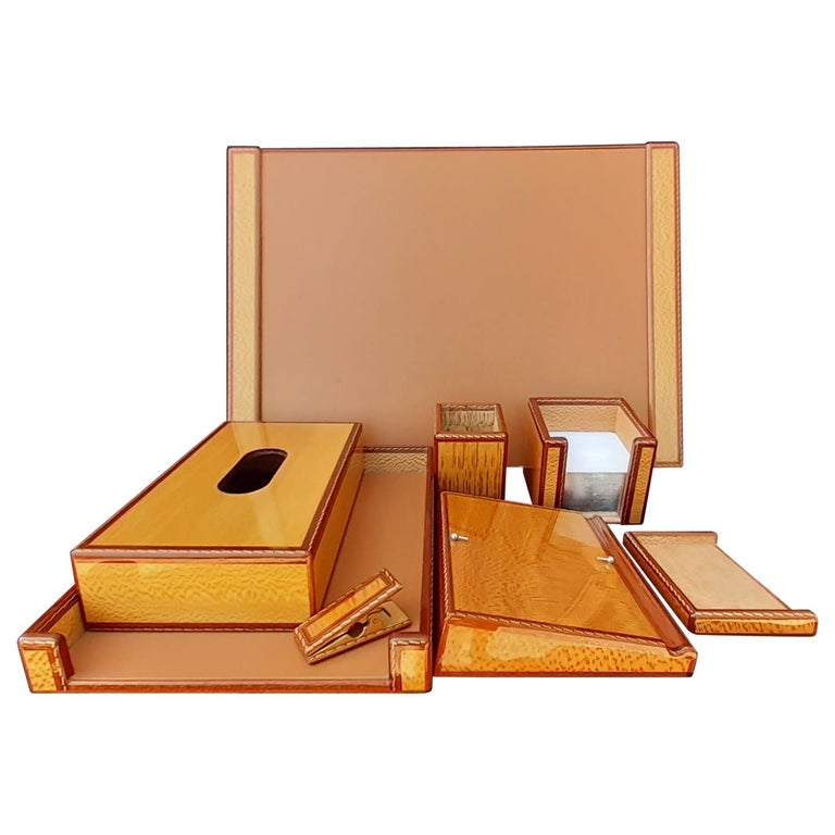 Exceptional Hermès 8 Pieces Desk Set in Lacquered Wood RARE For Sale