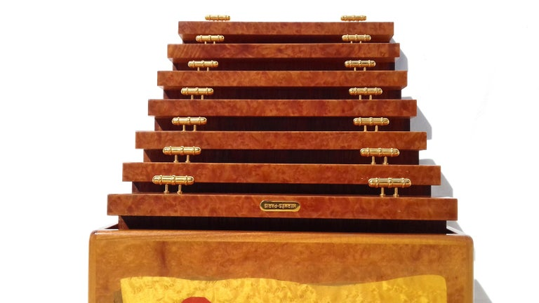 Exceptional Hermès Drawer to store scarves or Jewelry In Wood Inlaid RARE For Sale 5