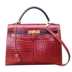 Exceptional Hermès Kelly 32 Bag Vintage Bicolore Etrusque and Black Crocodile