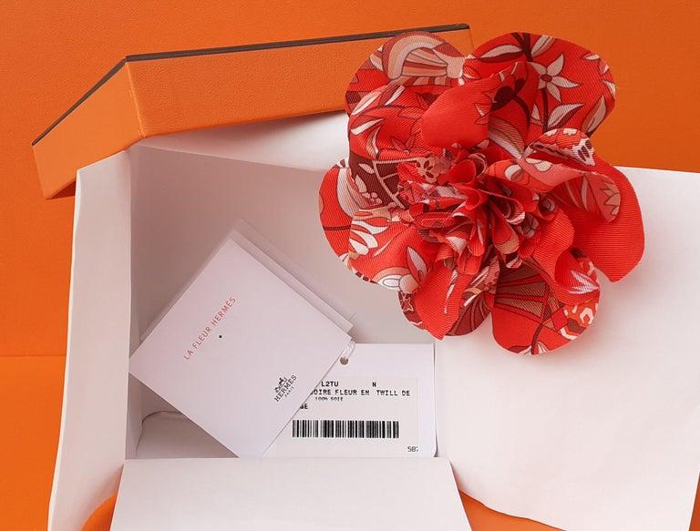 Exceptional Hermès Rare Silk Scarf Brooch Charm La Fleur Red 11