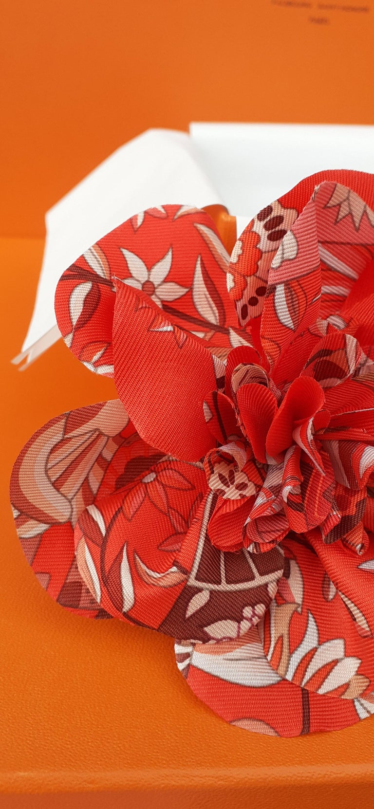 Exceptional Hermès Rare Silk Scarf Brooch Charm La Fleur Red 2