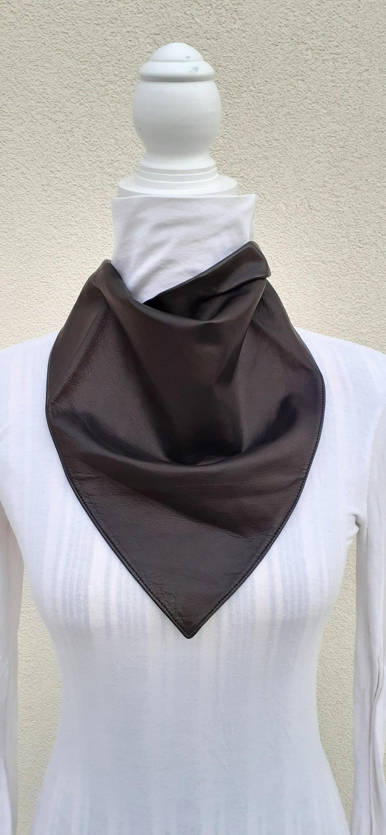 Exceptional Hermès Scarf Col Fichu Lambskin Leather Rodeo Bandana Texas RARE For Sale 3