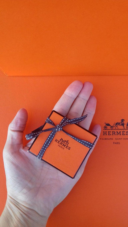 Exceptional Hermès Smallest Scarf Ever Brides de Gala Bleuette Doll 20 cm  For Sale 6