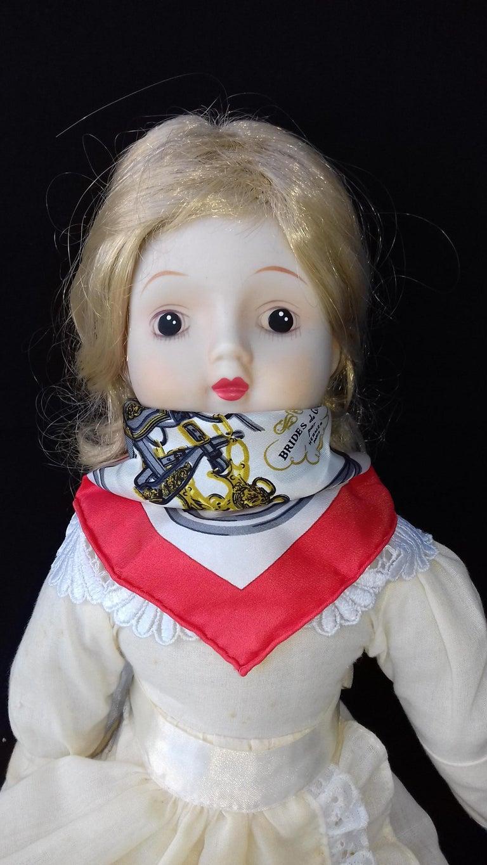 Exceptional Hermès Smallest Scarf Ever Brides de Gala Bleuette Doll 20 cm  For Sale 8