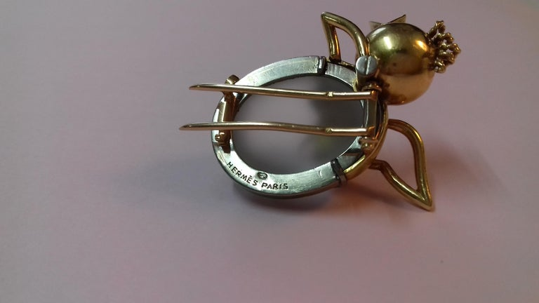 Exceptional Hermès Vintage Eggshell Chick Grey Yellow Gold Brooch Easter RARE For Sale 3
