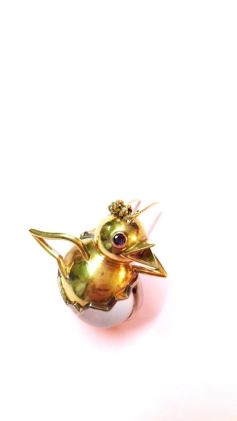 Exceptional Hermès Vintage Eggshell Chick Grey Yellow Gold Brooch Easter RARE For Sale 4