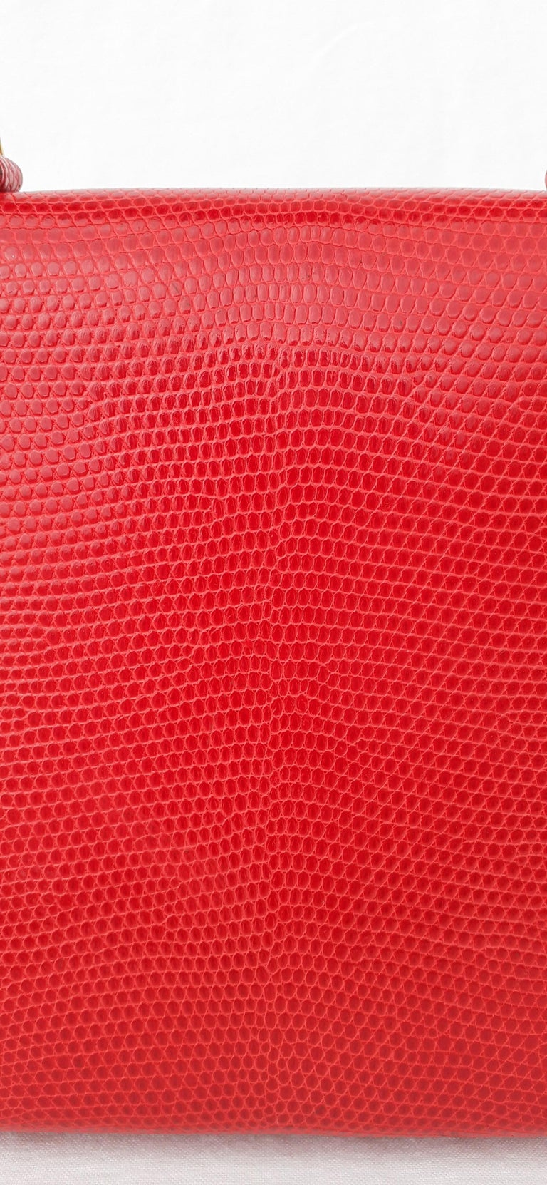 Exceptional Hermès Vintage Mini Kelly Sellier Bag Shiny Red Lizard Gold Hdw 20cm For Sale 13