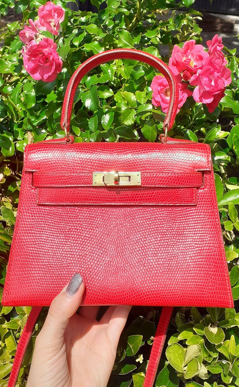 Exceptional Hermès Vintage Mini Kelly Sellier Bag Shiny Red Lizard Gold Hdw 20cm For Sale 15