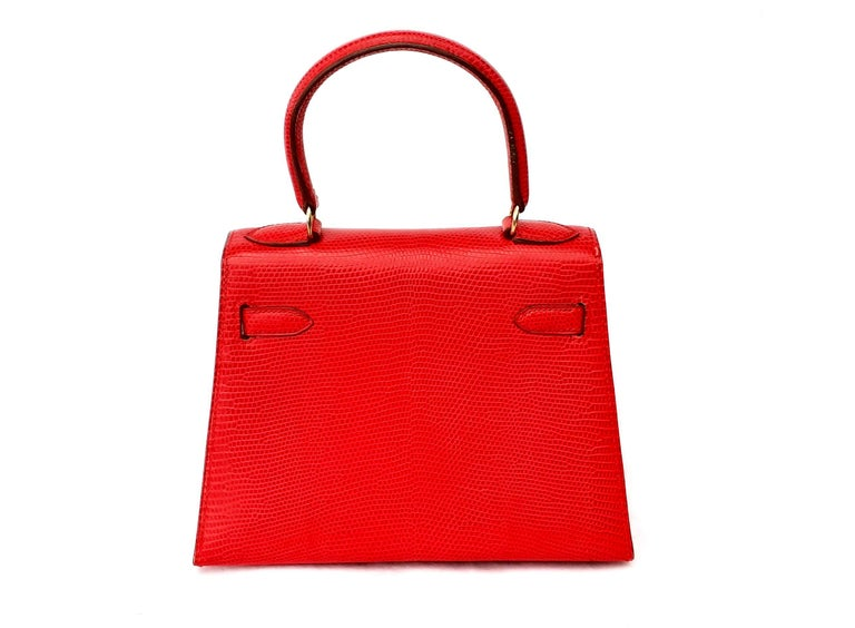 Women's Exceptional Hermès Vintage Mini Kelly Sellier Bag Shiny Red Lizard Gold Hdw 20cm For Sale