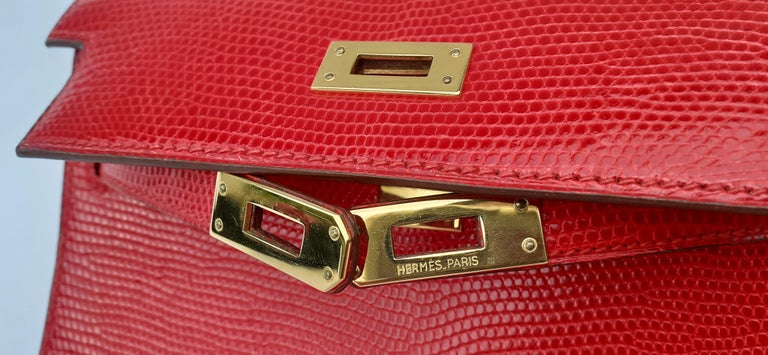 Exceptional Hermès Vintage Mini Kelly Sellier Bag Shiny Red Lizard Gold Hdw 20cm For Sale 3