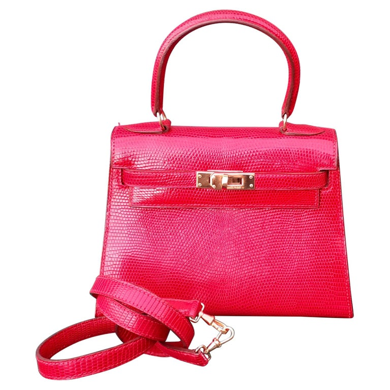 Exceptional Hermès Vintage Mini Kelly Sellier Bag Shiny Red Lizard Gold Hdw 20cm For Sale