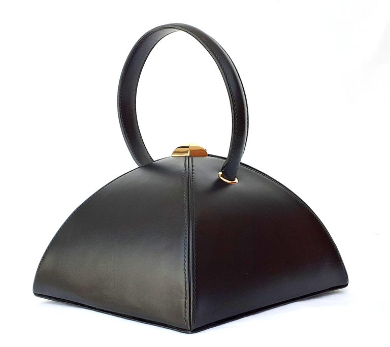 Exceptional Hermès Vintage Tee Time Bag Minaudiere Black Box Leather Ghw RARE For Sale 6
