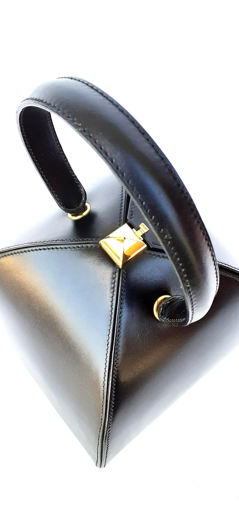 Exceptional Hermès Vintage Tee Time Bag Minaudiere Black Box Leather Ghw RARE For Sale 8