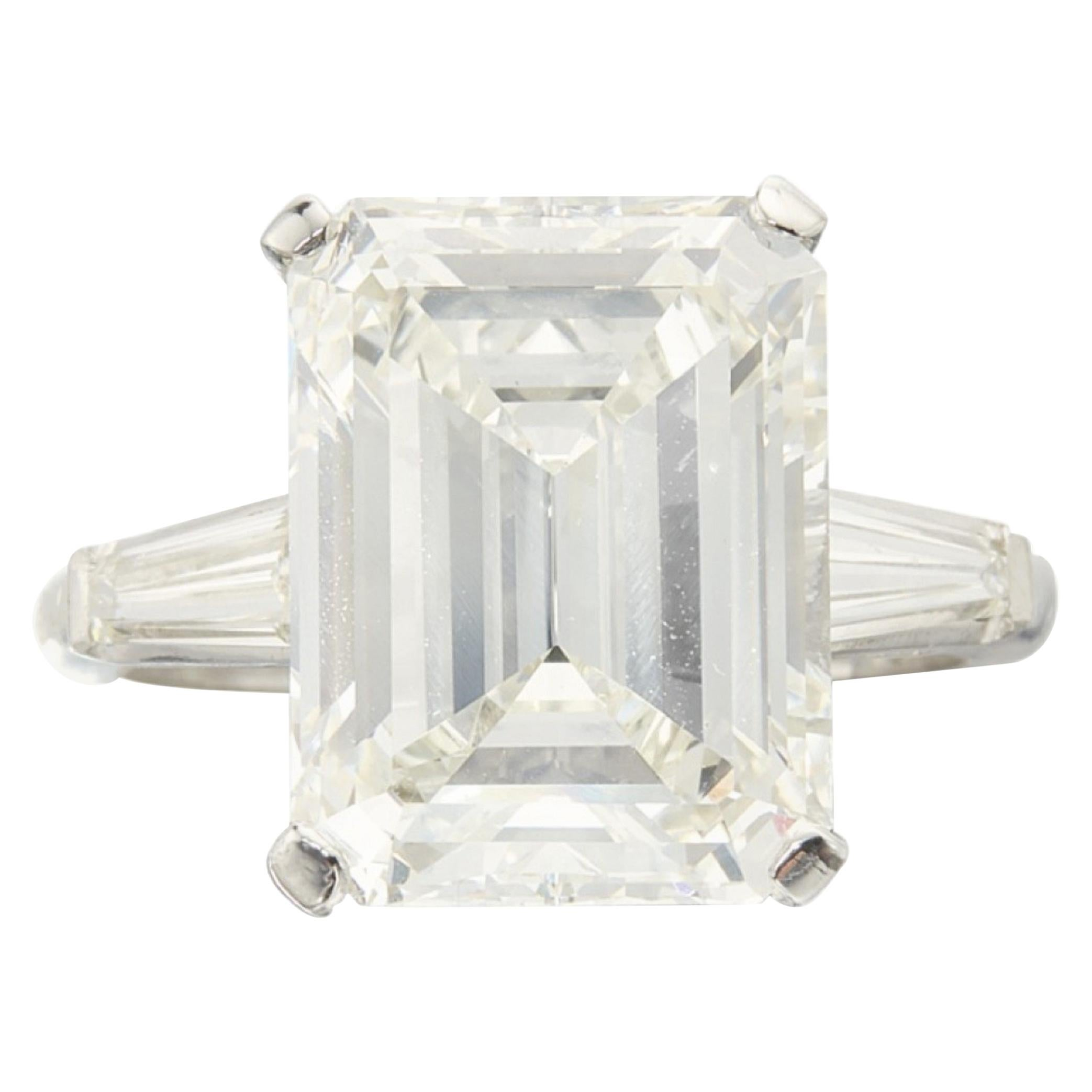 Exceptional GIA Certified 7 Carat Emerald Cut Diamond Ring