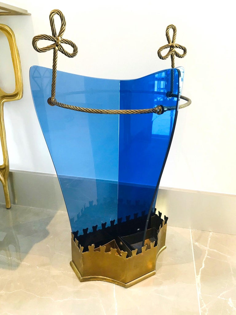 Mid-20th Century Exceptional Italian Glass and Gilt Iron Umbrella Stand by Fontana Arte, 1950s