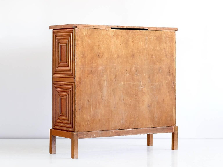 Exceptional Oscar Nilsson Oak Cabinet, Sweden, 1940s For Sale 2