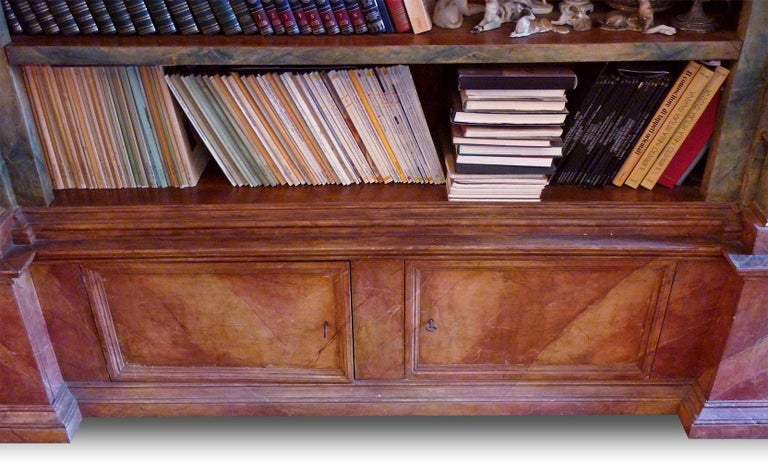 Italian Exceptional Painted Bookcase with Gold Leaf Carvings For Sale