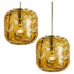 Exceptional Pair of Amber Murano Glass Pendant Lights Venini Style, 1970